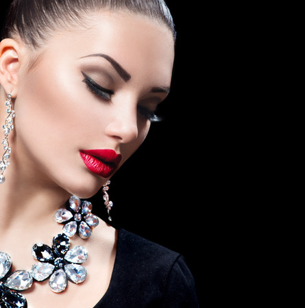 Beauty woman with perfect makeup and luxury accessories 스톡 콘텐츠