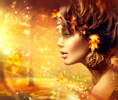 moda: Autumn Mulher Fantasia Portrait. Outono