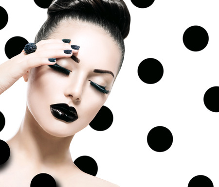 manicure: Vogue Style Model Girl. Trendy Caviar Black Manicure