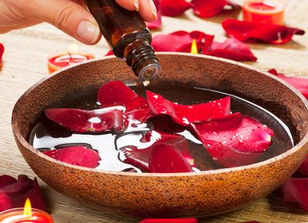 Aromatherapie. Essence �l. Spa-Behandlung Lizenzfreie Bilder