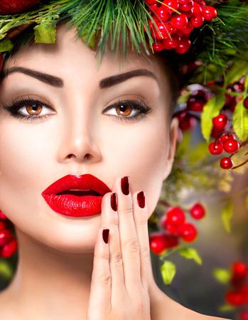 christmas manicure: New Year fashion model woman