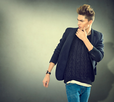 casual caucasian: Fashion young model man portrait. Handsome guy