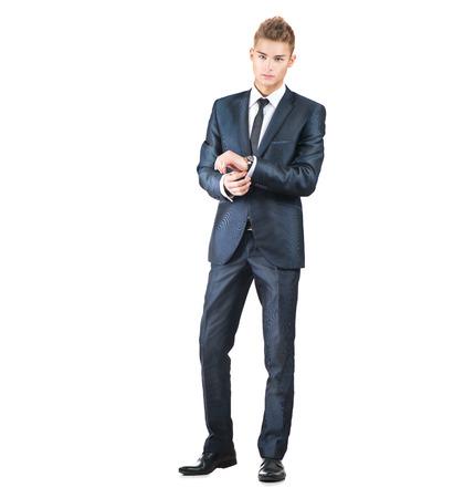 lleno: Retrato de cuerpo entero de hombre joven y guapo. Hombre elegante