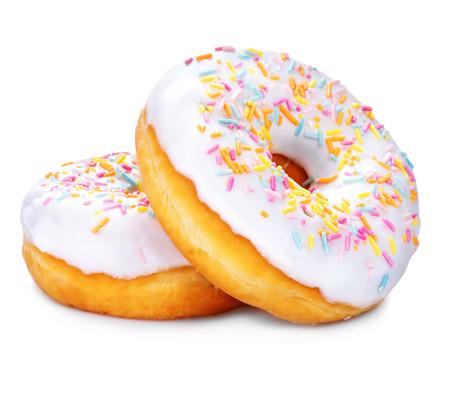 白い背景で隔離のドーナツ。おいしい艶をかけられたドーナツのクローズ アップ