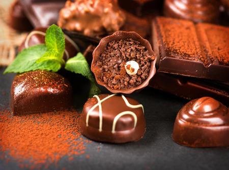 cafe bombon: Surtido de Chocolates. Dulces de chocolate praliné Foto de archivo