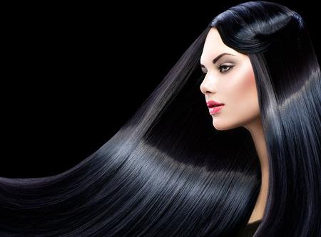 black girl: Sch�ne Modell M�dchen mit dem gesunden langen geraden gl�nzendes Haar