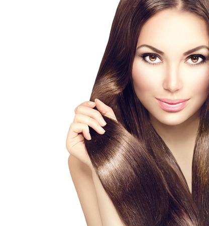 donne brune: Modello di bellezza ragazza con i capelli sani marroni Archivio Fotografico