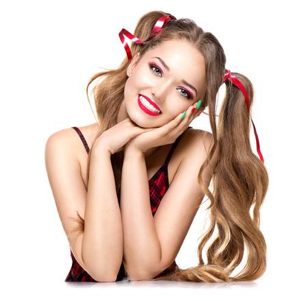 美人: 白い背景に分離された美容ファッションの 10 代の少女 写真素材