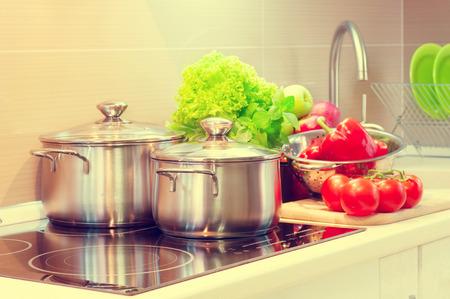comidas saludables: Cocina cooking. Concepto de dieta