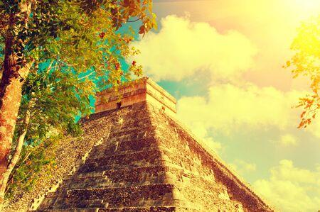 touristic: Mayan pyramid Chichen Itza, Mexico. Ancient mexican touristic site