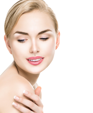 beauty concept: Beauty woman portrait. Beautiful spa girl touching her shoulder