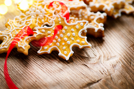 gingerbread cookies: Christmas background with homemade gingerbread cookies