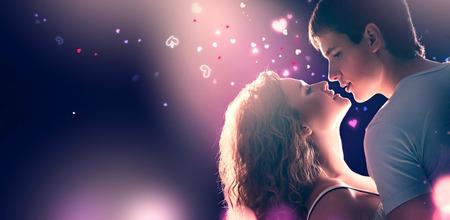 발렌타인 데이. 사랑에 젊은 로맨틱 커플 스톡 콘텐츠