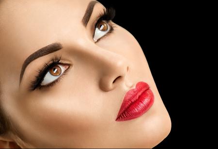 美容ファッション モデル女性顔、完璧なメイク