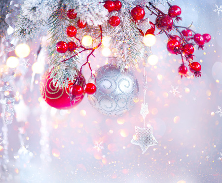 Christmas holiday abstract silver background, Hanging baubles on Christmas tree Zdjęcie Seryjne