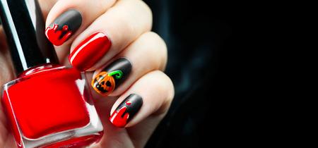 Halloween vakantie manicure ontwerpideeën. Halloween nail art Stockfoto - 88687846
