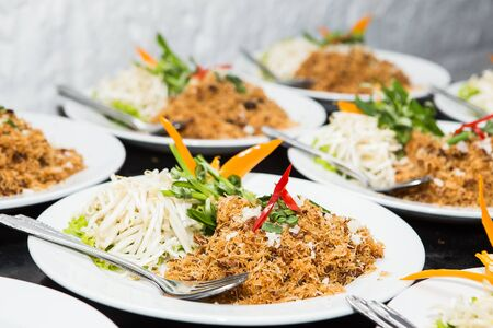 sweet and savoury: Mixed Crispy Rice Noodle