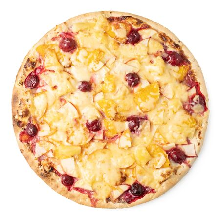 Fruit pizza with pineapple, apples and berries on a white background. Isolate. Standard-Bild