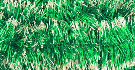 festal: Nastro di Natale di festa lanuginoso ghirlanda verde brillante