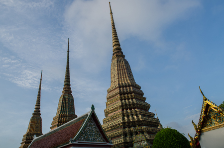 recline: Wat Pho, is a Buddhist temple in Phra Nakhon district, Bangkok, Thailand.