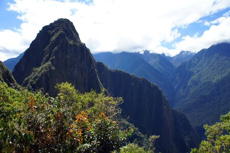 Machu Picchu, site of the ruins of the Incan citadel high in the Andes Mountains in Peru 版權商用圖片
