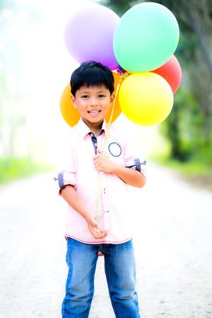 ballons: smile boy with colorfull ballons