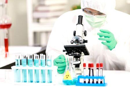Virus testing laboratory  with scientific experiment equipment 免版税图像