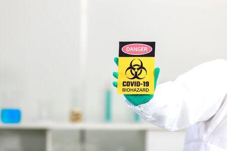 Virus testing laboratory  with scientific experiment equipment 免版税图像 - 149562915