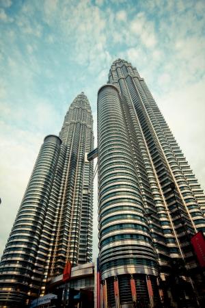 petronas: Petronas edificios