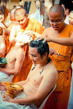Tonsure become a monk Thai man Stock Photo - 19010557