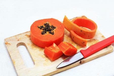 bevoelen: Zoete papaya close up geïsoleerd Stockfoto