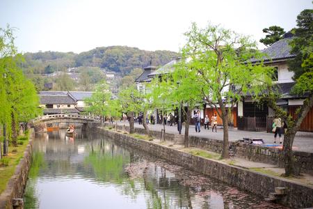 岡山県 - 4 月 17 日倉敷美しい歴史的な地区、重要保存地区伝統的建造物群、2014 年 4 月 17 日に岡山県倉敷川