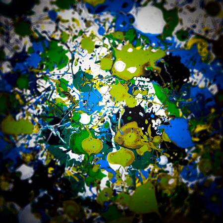 fondo artistico: Resumen de acr�lico fragmento pintura moderna. Manchas de colores textura. Arte contempor�neo. Rayas, tiras, aerosol de pintura. Fondo art�stico. Vi�eta