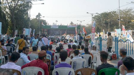 Ongoing sit in peaceful gathering of TMCP dharna manch ( political rally) to protest against CAA, NRC, NPR, save constitution and Shaheen Bagh by West Bengal Chief Minister Mamata Banerjee. Mayo Road Kolkata India South Asia Pacific February 2020 新聞圖片
