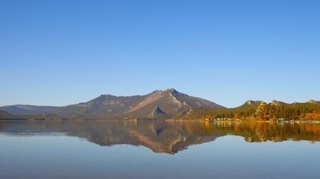 wilderness area: Autumn lake calm