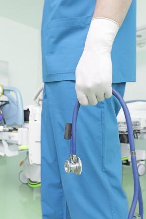 醫生趕到病人
