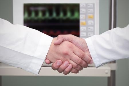 握手在醫院