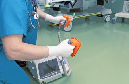 resuscitate: Doctor ready for resuscitation.