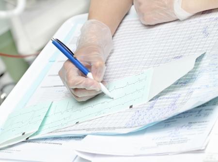 在醫院工作的護士和醫生的文書工作