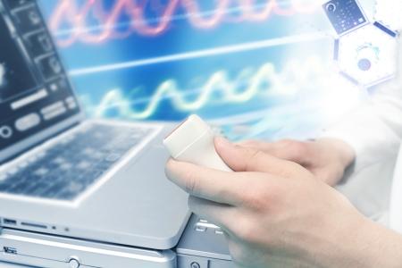 超聲診斷。醫療和科學主題的拼貼。