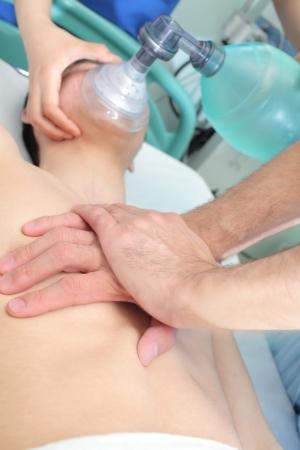 Tecniche di rianimazione Rianimazione del paziente con due medici