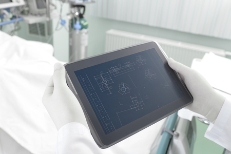 Research with Tablet PC in the engineering laboratory  photo