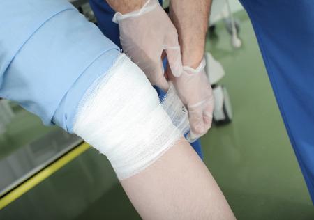 患者に救急医師