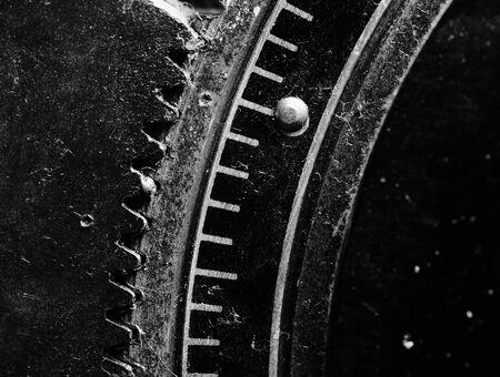 dientes sucios: Paisaje del gran edificio con grúas de torre Foto de archivo