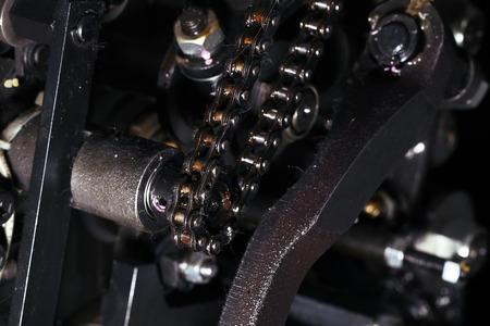 Chain mechanism in the engine. 版權商用圖片