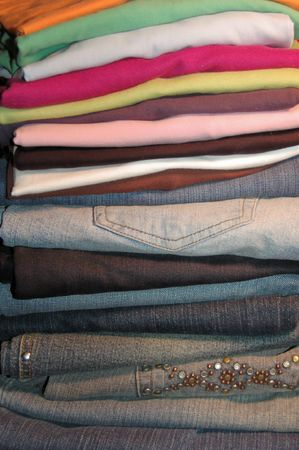 Jeans ans T-Shirts Stacked