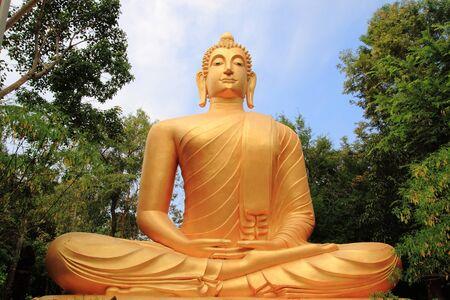 meditating bronze statue Buddha, image Stock fotó