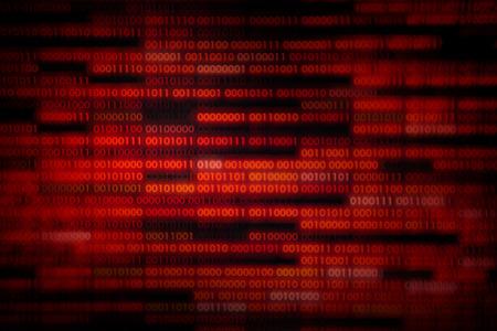 datos corrompidos. código binario rojo con piezas faltantes. problema de tecnología informática error de virus darknet y fondo de piratería. Transferencias de datos en lenguaje informático. Foto de archivo