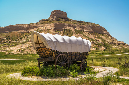 monument: Covered wagon at Scott\ Stock Photo