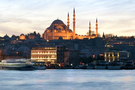 suleymaniye: Sunset behind Suleymaniye Mosque in Istanbul Turkey Stock Photo
